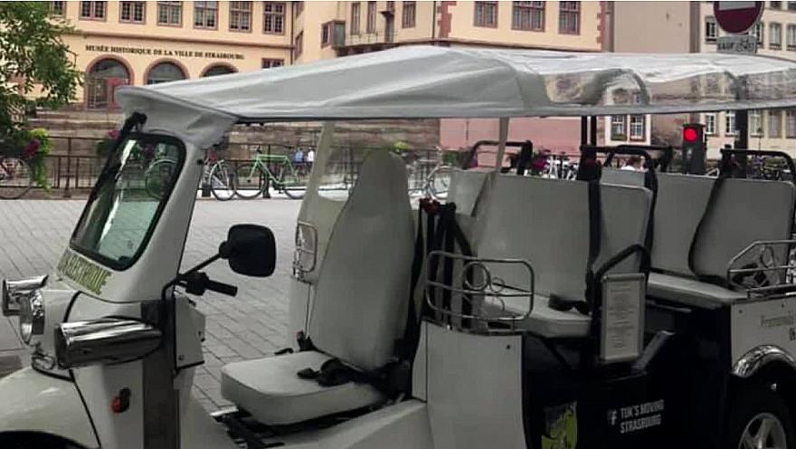 Le Tuk Tuk  : un moyen de transport original et écologique